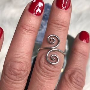 hellmut cordes Jewelry - Eclectic wire wrap ring sterling silver size 6